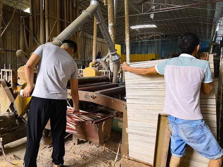 高品质建筑模板生产厂家