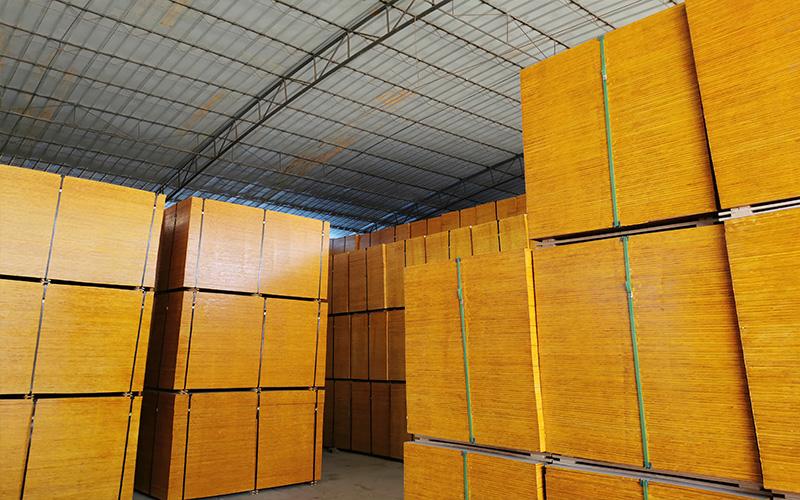 建筑模板产量高